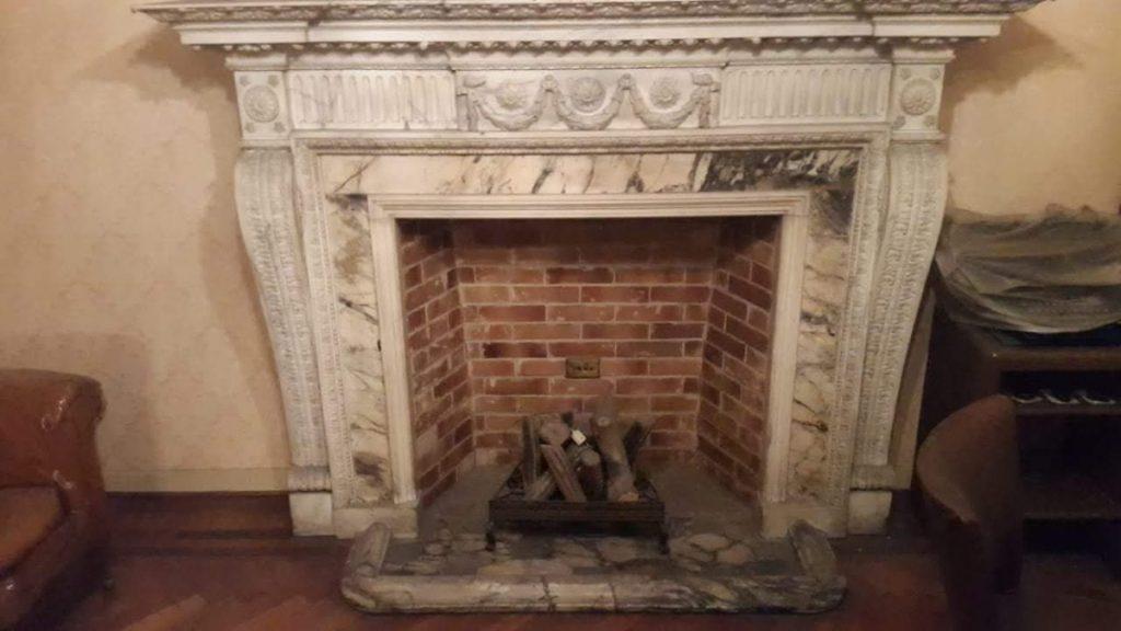 chimenea antigua marmol